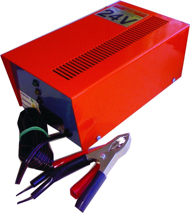 Dobíječ akumulátorů DBA24 24V